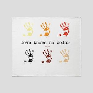 love knows no color Throw Blanket