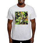 6 Spotted Fishing Spider v Mosquitofish T-Shirt