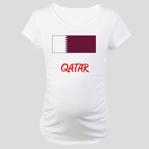 Qatar Flag Artistic Red Design Maternity T-Shirt