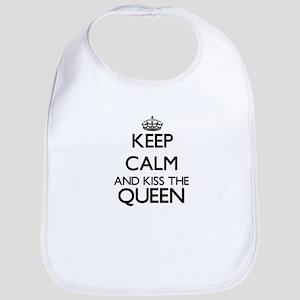 Keep calm and kiss the Queen Bib