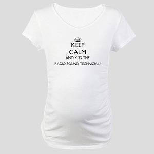 Keep calm and kiss the Radio Sou Maternity T-Shirt