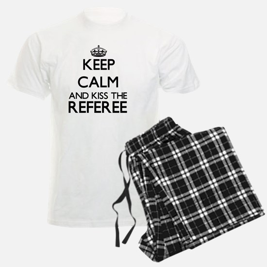 Keep calm and kiss the Refere Pajamas