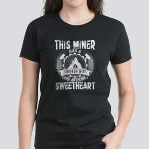 This Miner Has An Awesome Sweetheart T Shi T-Shirt