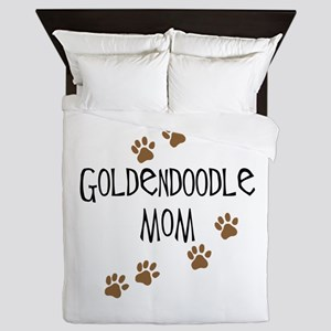Goldendoodle Mom Queen Duvet