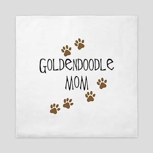 Goldendoodle Mom Queen Duvet
