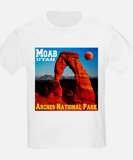 arches_np_eclipse2.png T-Shirt