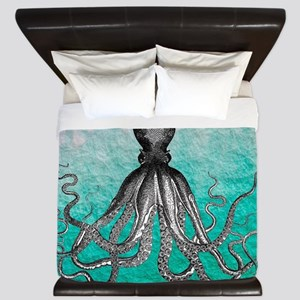 Ombre vintage nautical octopus watercol King Duvet