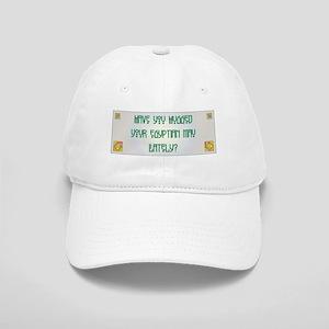 Hugged Mau Cap