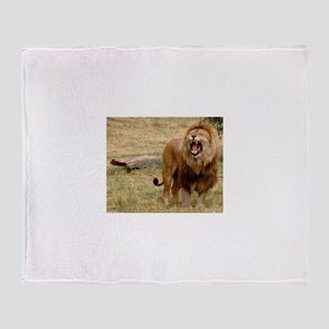 King of the jungle Throw Blanket