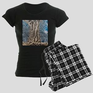 Infrared: Tree with Vines Women's Dark Pajamas