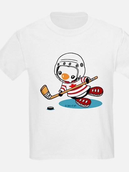 Ice Hockey Penguin (1) T-Shirt
