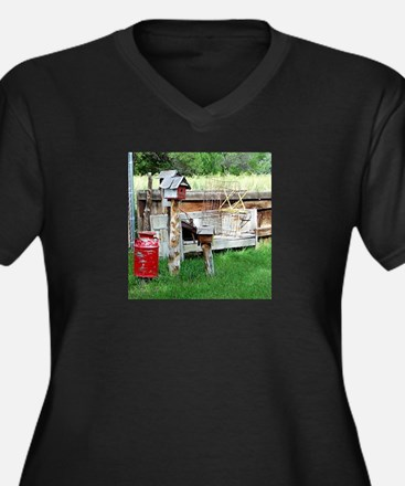Country bird house & Milk can Plus Size T-Shirt