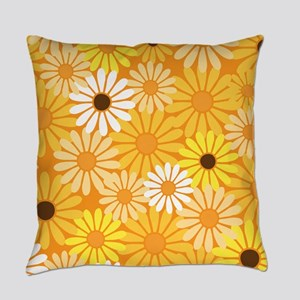 Daisy Flower Vintage Floral Master Pillow