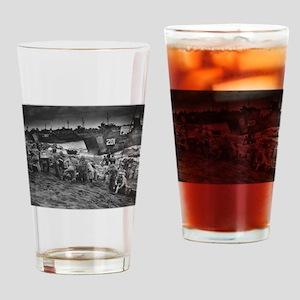 iwo jima Drinking Glass