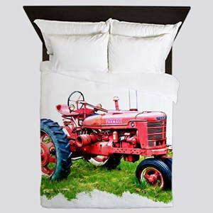 Red Tractor in the Grass Queen Duvet