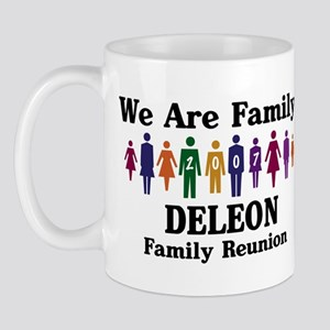 DELEON reunion (we are family Mug
