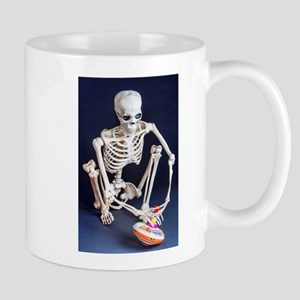 Skinny Skeleton Plays with Top Mugs