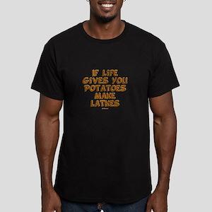 Make Latkes Chanukah Men's Fitted T-Shirt (dark)