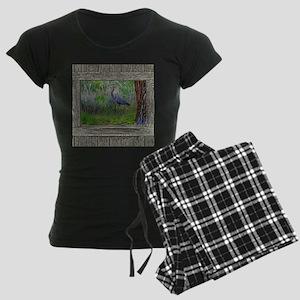 Old Cabin Window blue heron Women's Dark Pajamas