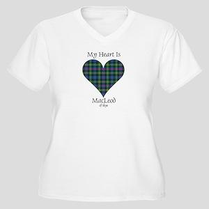 Heart-MacLeodSkye Women's Plus Size V-Neck T-Shirt