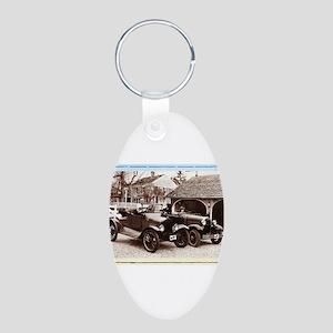 VintageAuto - Aluminum Oval Keychain