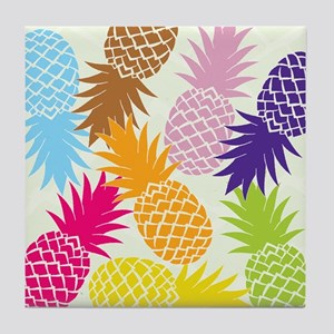 Colorful pineapples patterns Tile Coaster