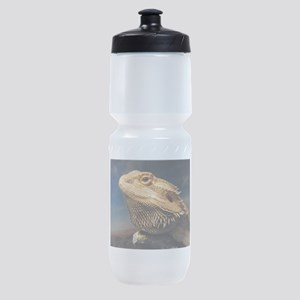 .young bearded dragon. Sports Bottle