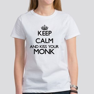 Keep calm and kiss your Monk T-Shirt