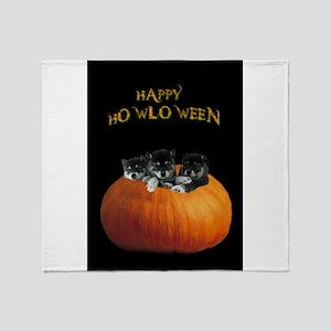 Cute Halloween puppies Throw Blanket