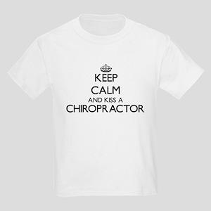 Keep calm and kiss a Chiropractor T-Shirt