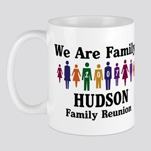HUDSON reunion (we are family Mug
