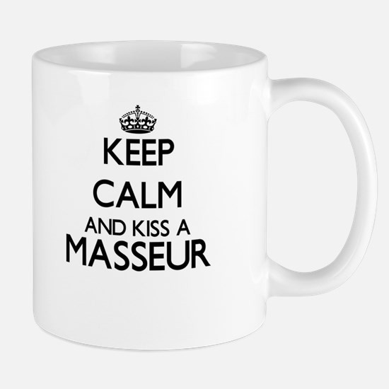 Keep calm and kiss a Masseur Mugs