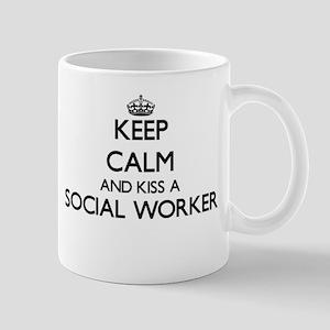 Keep calm and kiss a Social Worker Mugs