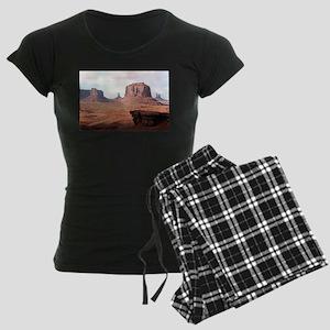 Monument Valley, John Ford's Women's Dark Pajamas