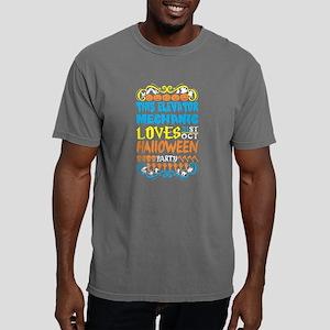 This Elevator Mechanic Loves 31st Oct Hall T-Shirt
