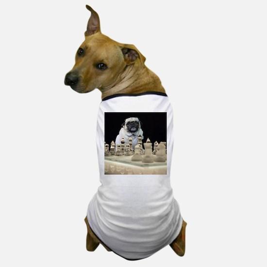 Sexy Pug Playing Chess Dog T-Shirt
