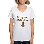 Estoy con Estupido Down Women's V-Neck T-Shirt