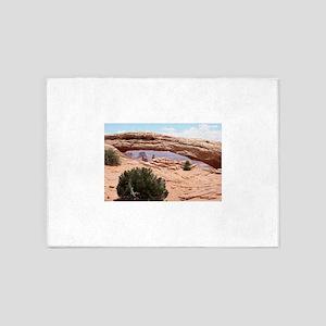 Mesa Arch, Canyonlands National Par 5'x7'Area Rug