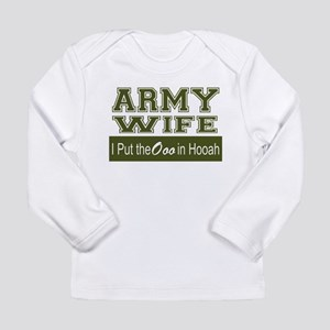 Army Wife Ooo in Hooah_Green Long Sleeve T-Shirt