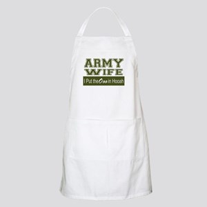 Army Wife Ooo in Hooah_Green Apron