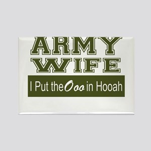 Army Wife Ooo in Hooah_Green Magnets