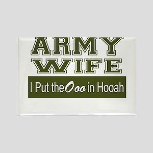 Army Wife Ooo in Hooah_Green Magnets