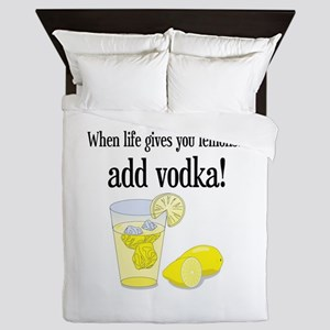 LIFE GIVES YOU LEMONS Queen Duvet