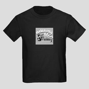 Melanoma Stinks! T-Shirt