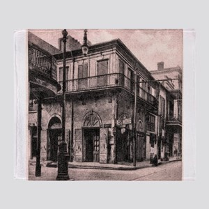 French Quarter Absinthe House Throw Blanket