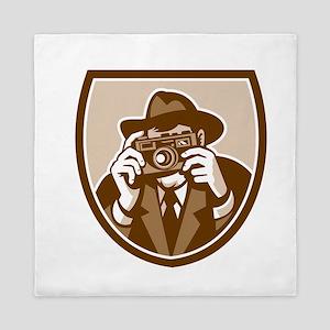 Photographer Shooting Camera Shield Retro Queen Du
