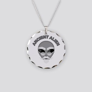 Alien Head In Halftone Necklace Circle Charm