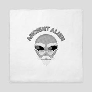 Alien Head In Halftone Queen Duvet