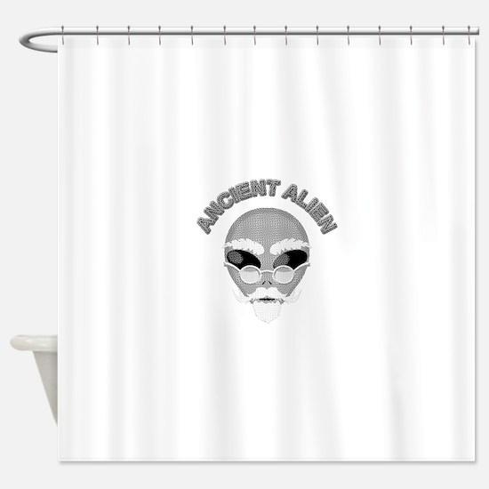 Alien Head In Halftone Shower Curtain