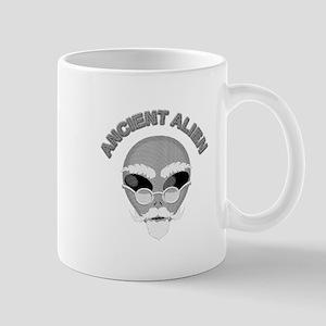 Alien Head In Halftone Mugs